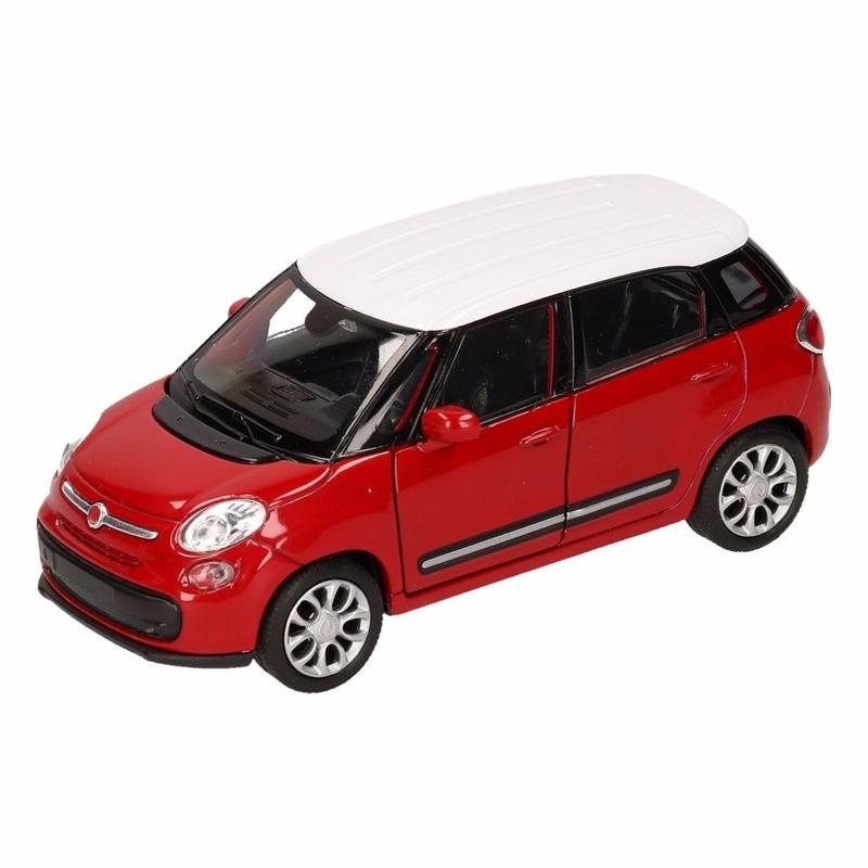 Speelgoed Fiat 500 L rood wit Welly autootje 11,5 cm Fiat Speelgoedvoertuigen